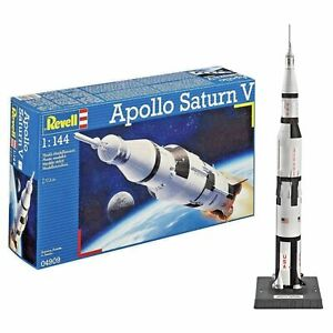 Apollo-11-Saturn-V-Space-Rocket-Model-1-144-America-039-s-Moon-Rocket-Revell-04909