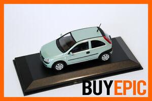 Minichamps-Opel-Corsa-C-3-tuerer-1-43-Spracegruen-Modellauto-RAR