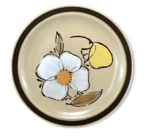 Vintage-Hearthside-Stoneware-Dogwood-Pattern-Flowers-Salad-Plate-Hand-Painted