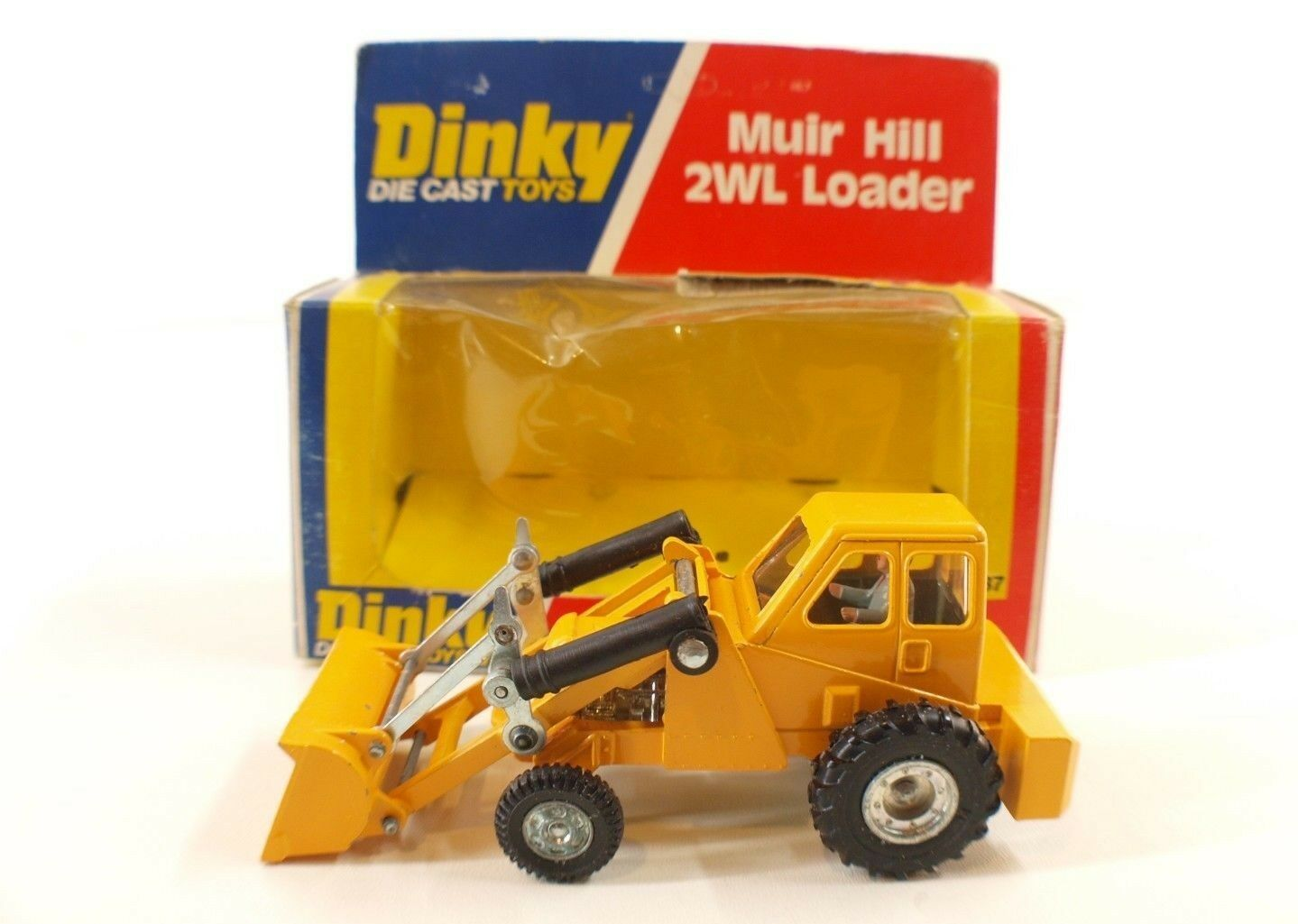 Dinky Toys GB n.437 Muir-Hill 2wl bearing Tractor New in Box MIB