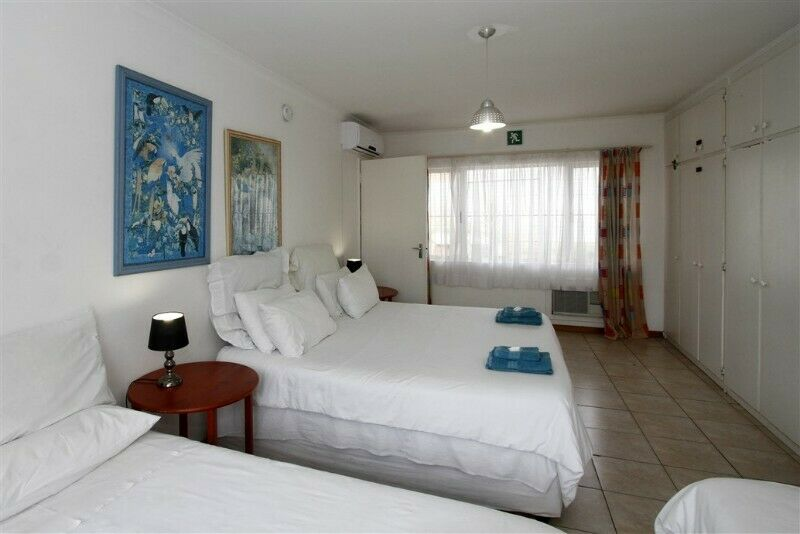 BUDGET, CLEAN, CONVENIENTLY SITUATED SELF CATERING ACCOMMODATION IN DURBAN NORTH - 2,4,6,9 SLEEPERS