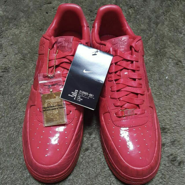100 Foot World Limited Air Force 1 Low Supreme 9.5 Us size realmad HECTIC 2007