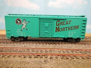 HO-VINTAGE-ATHEARN-GREAT-NORTHERN-27024-40-039-BOX-CAR-KIT-BUILT