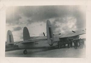 WWII-1945-USAAF-26th-Bomb-SQ-Okinawa-Airplane-Photo-aircraft