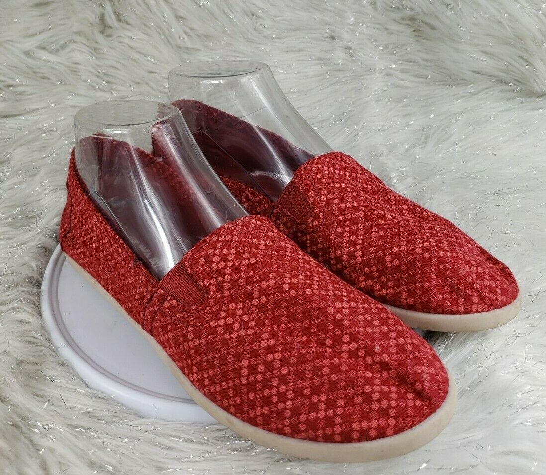 AIRWALK Womens Red Slip On Casual Comfort Shoes Size 9