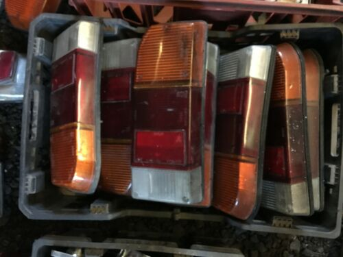 TRIUMPH 2000 2.5 MK2 SALOON REAR STOP INDICATOR LIGHT LAMP ASSEMBLY RIGHT HAND