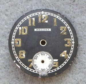 Gents-vintage-Medana-military-style-trench-watch-dial-with-sub-28mm