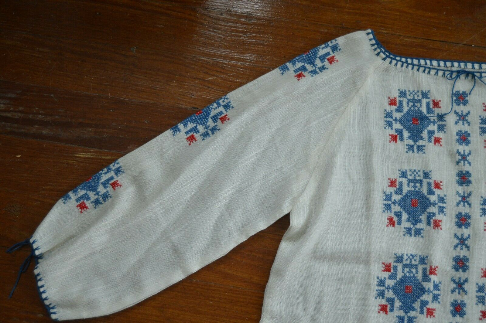Vintage 1930's Hungarian Cotton Embroidered Blouse - image 8