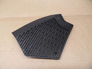 Mercedes-Benz-W123-Speaker-Grille-Cover-Black-Right-1236802807