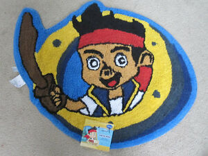 Disney-Jake-and-the-Never-Land-Pirates-Childs-Bath-Rug-Mat-NWT-New-with-Tag