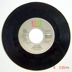 ONE-1984-039-S-45-R-P-M-RECORD-DAVID-BOWIE-BLUE-JEAN-DANCING-WHIT-THE-BIG-BOYS