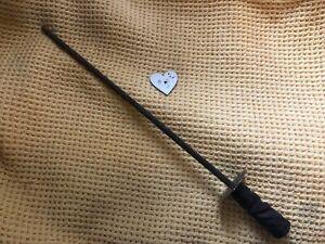 Enorme antico MACELLO coltello affilatura acciaio 21in di lunghezza in legno intagliato.