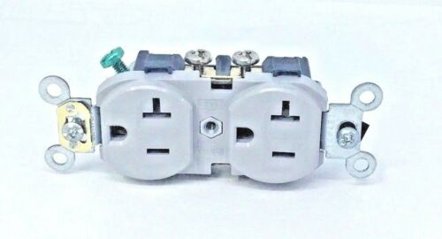 20 A 125 V Duplex Receptacle NEW FAST FREE SHIPPING IN U.S