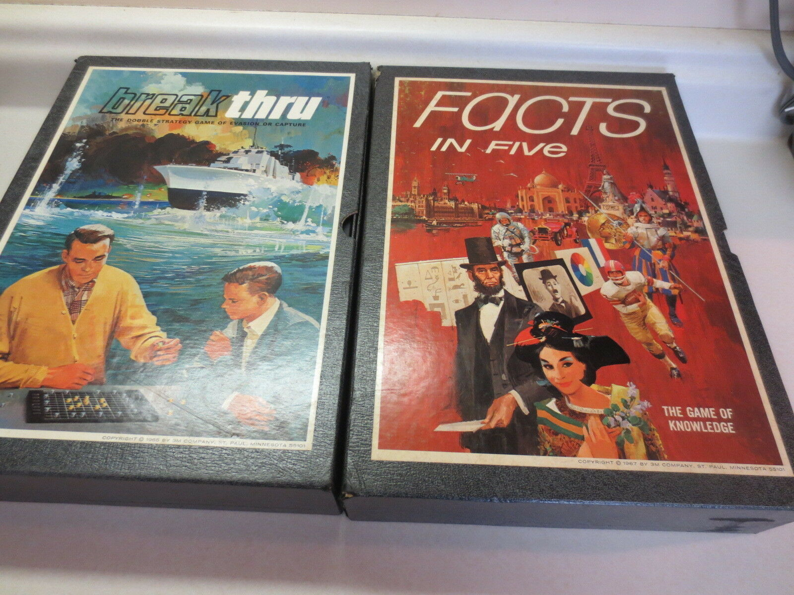 Lot of 2 vintage Bookcase Board Games Facts in Five and Breakthru