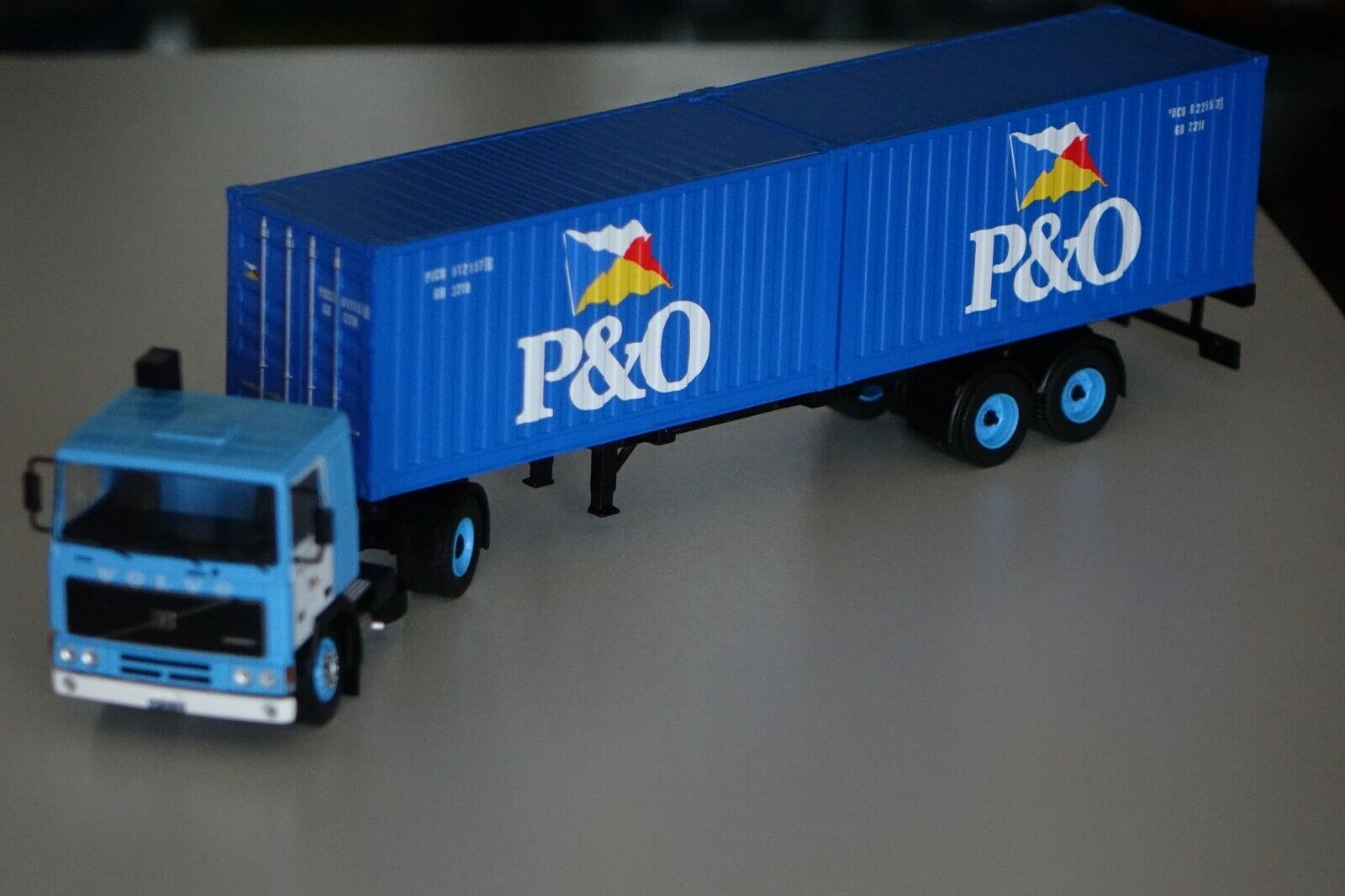 Volvo f10 p&o containersattelzug 1983 azul 1 43 Ixo ttr006 nuevo & OVP