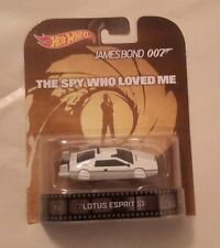 "2014 Hot Wheels Retro James Bond Movie ""SPY WHO LOVED ME"" Lotus Esprit Sub / Car"