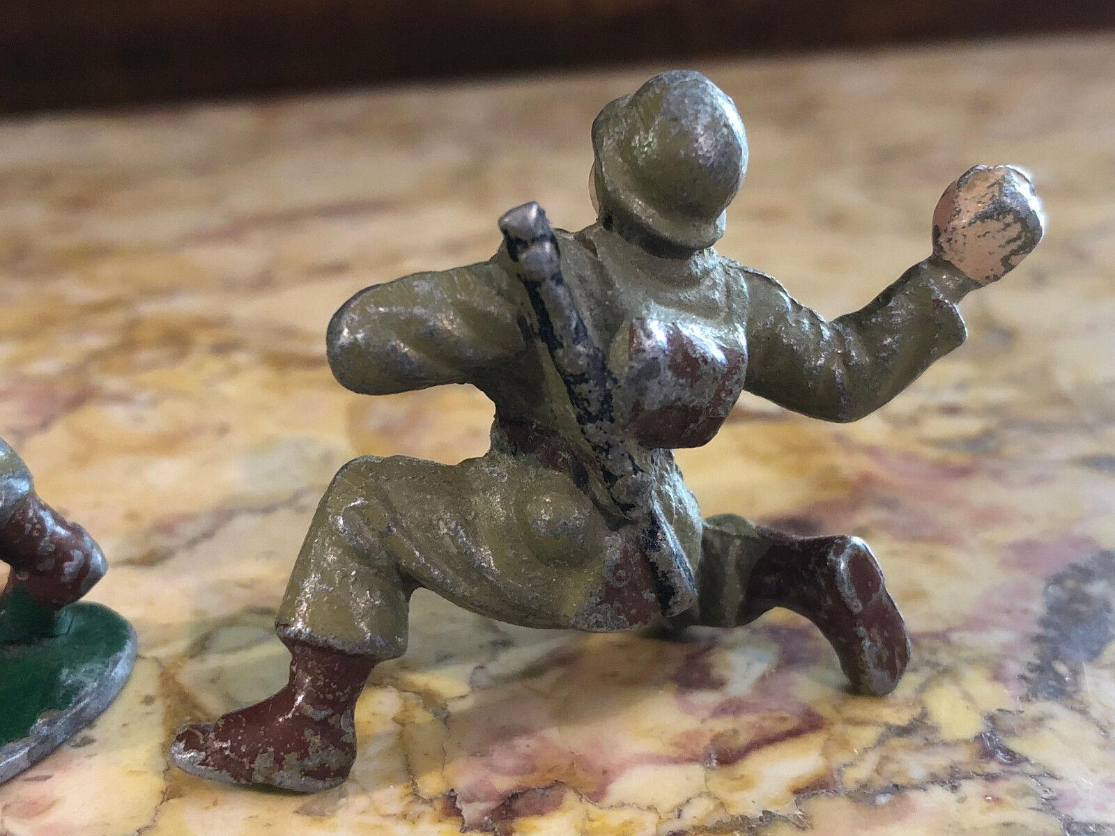 Cadeau spécial à vous spécial spécial spécial Lot de 2 Soldats Quiralu  Jouet Ancien Guerre Plomb 2b6711