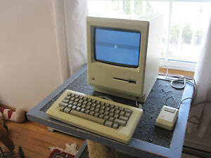 APPLE-MACINTOSH-512K-M0001E-COMPUTER-KB-Mouse-very-clean-unit