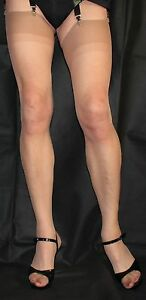 2-Pairs-Nearly-Tan-Sheer-10-Denier-Stockings-One-Size-Vintage-Two-Tone-Top