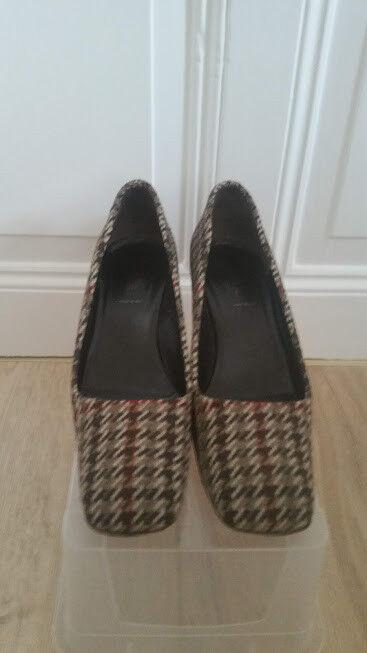 Prada Schuhe Karo sehr gut erhalten Gr.40 wie neu Pumps