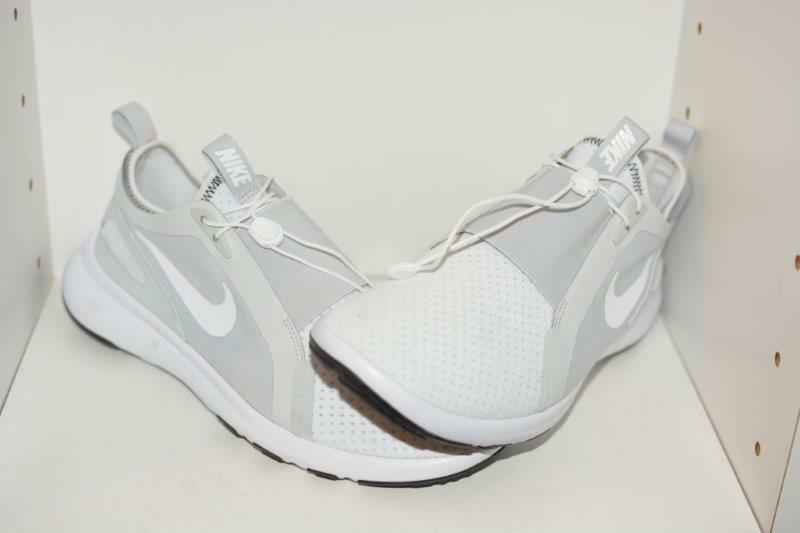 NIKE CURRENT SLIP-ON MENS RUNNING SHOES -  MENS SIZE 9
