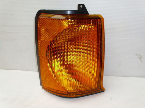 LAND ROVER DISCOVERY 2 RH FRONT INDICATOR LAMP UPTO 03 NEW LAMP XBD100870