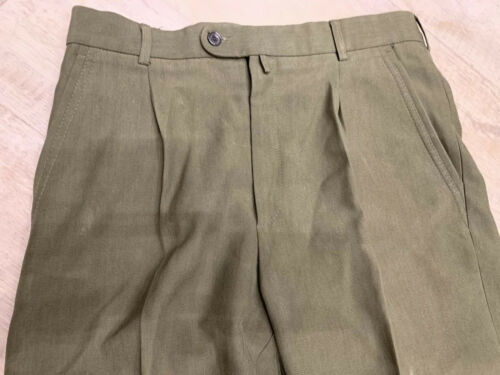 men's khaki military pants. size medium.Russian S