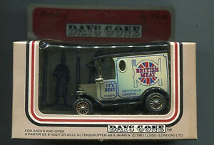 Lledo-Days-Gone-1984-Delivery-Van-British-Meat-It-039-s-Best-die-cast-MIB