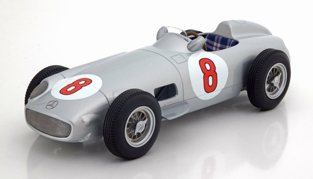 I Scale Mercedes Benz W 196 GP Netherland World Champion 1955 Fangio  8 1 18 New