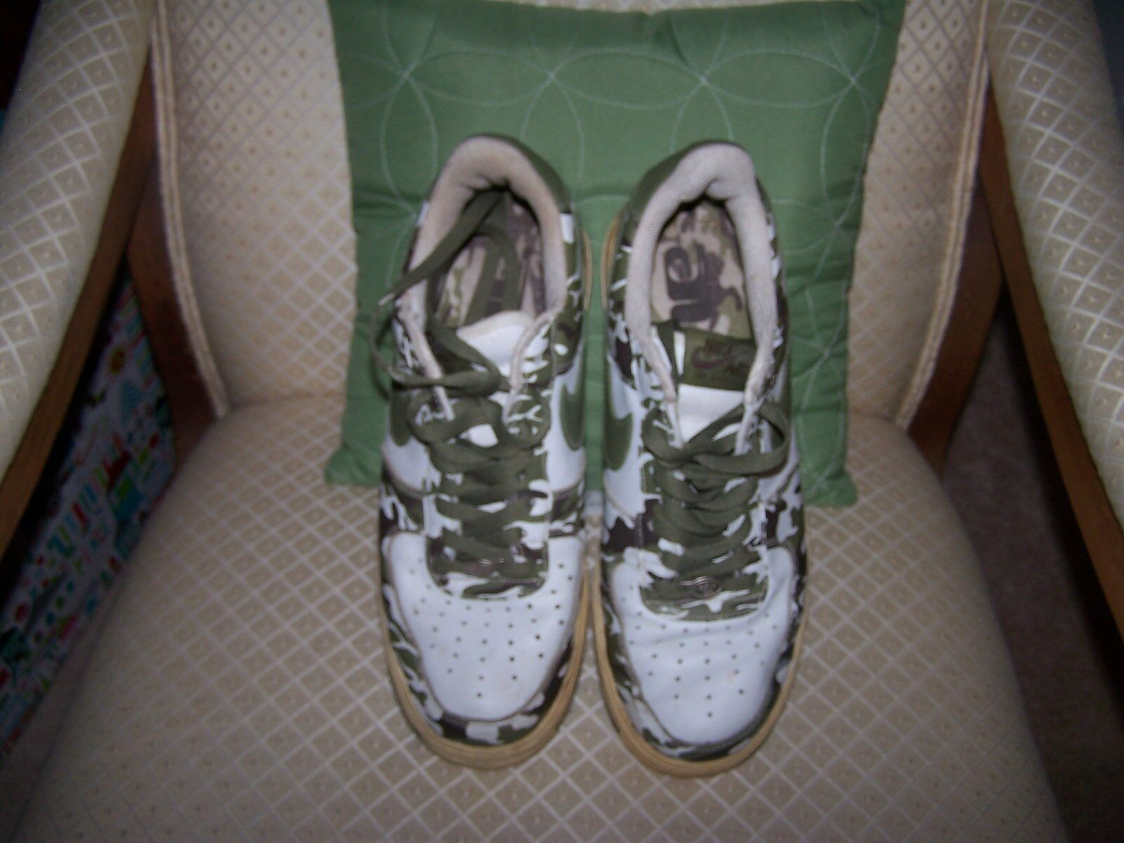 Nike Air Force 1 Camouflage Mens shoes Sz 9 041202 LN2 Low AF1