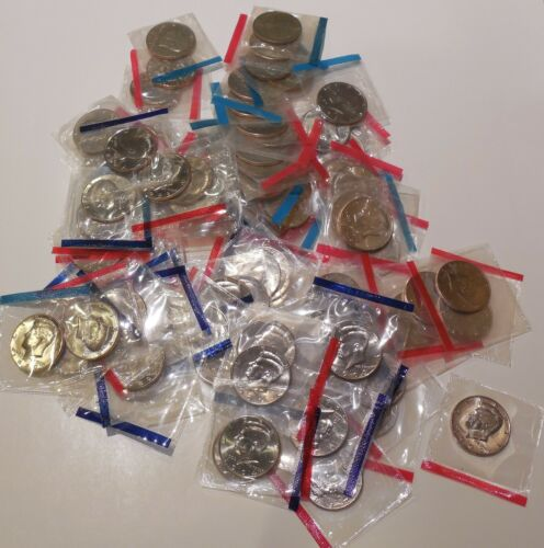 UNCIRCULATED 122519 Lot of 100 1971  through 1999 P /& D KENNEDY Half Dollars