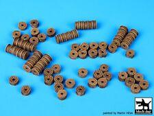 Black Dog 1/700 Port Dock Accessories Set No.3 (Various Wooden Spools) S70003