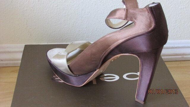 129 NIB Bebe Pearl Satin Sandale Schuhes Größe 7