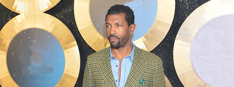 Deon Cole Tickets (21+ Event)