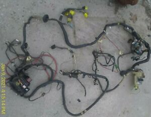 22R-ENGINE-WIRING-HARNESS-OEM-for-parts-UNDERHOOD-86-Toyota-Pickup-86-88-see-pix