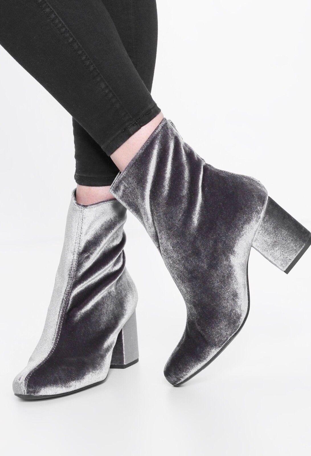 Free People Damens's NEW Cecile Block Heel Bootie Sz 40/10 Gray Velvet