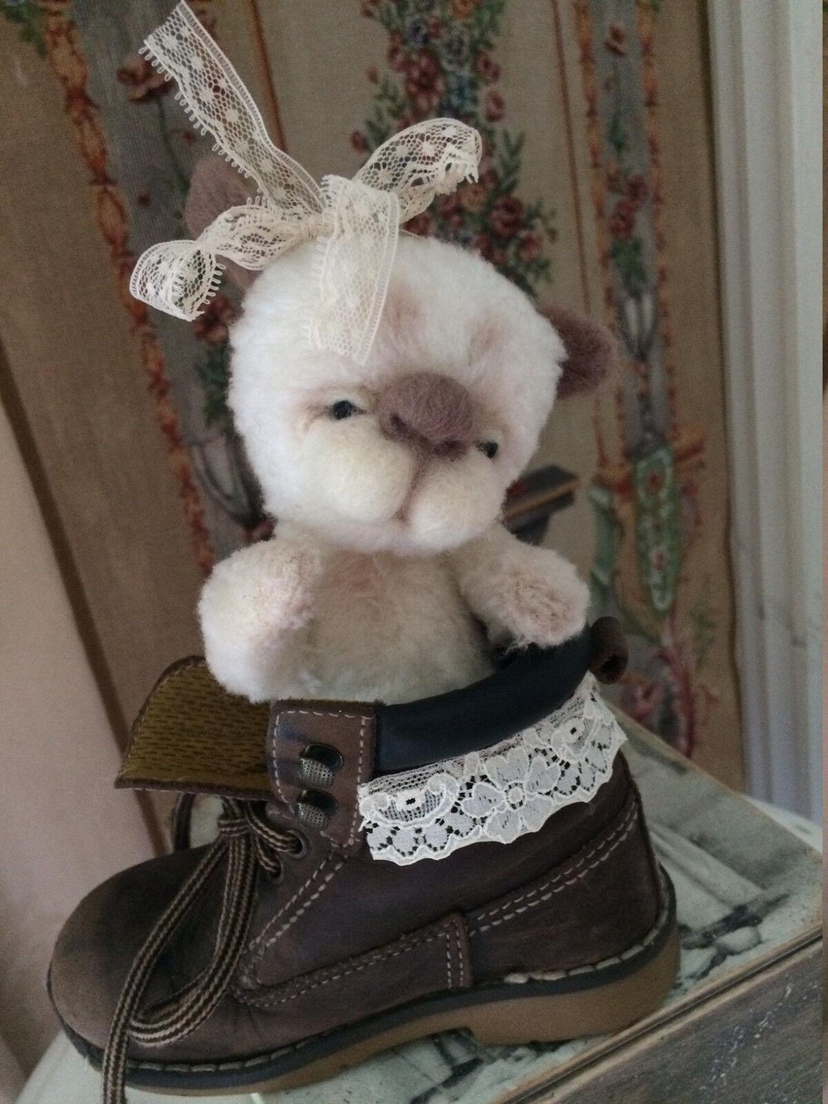 OOAK Teddy  Dog in the scarpe vintage style