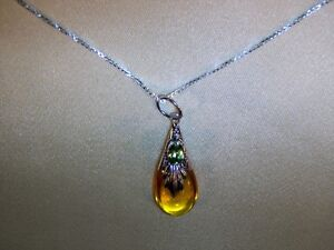 Amber-Drop-Pendant-with-Peridot-on-Silver-Chain-JWL1
