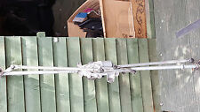 Vauxhall Astra J Front Window Wiper Motor And Linkage 2009-2013