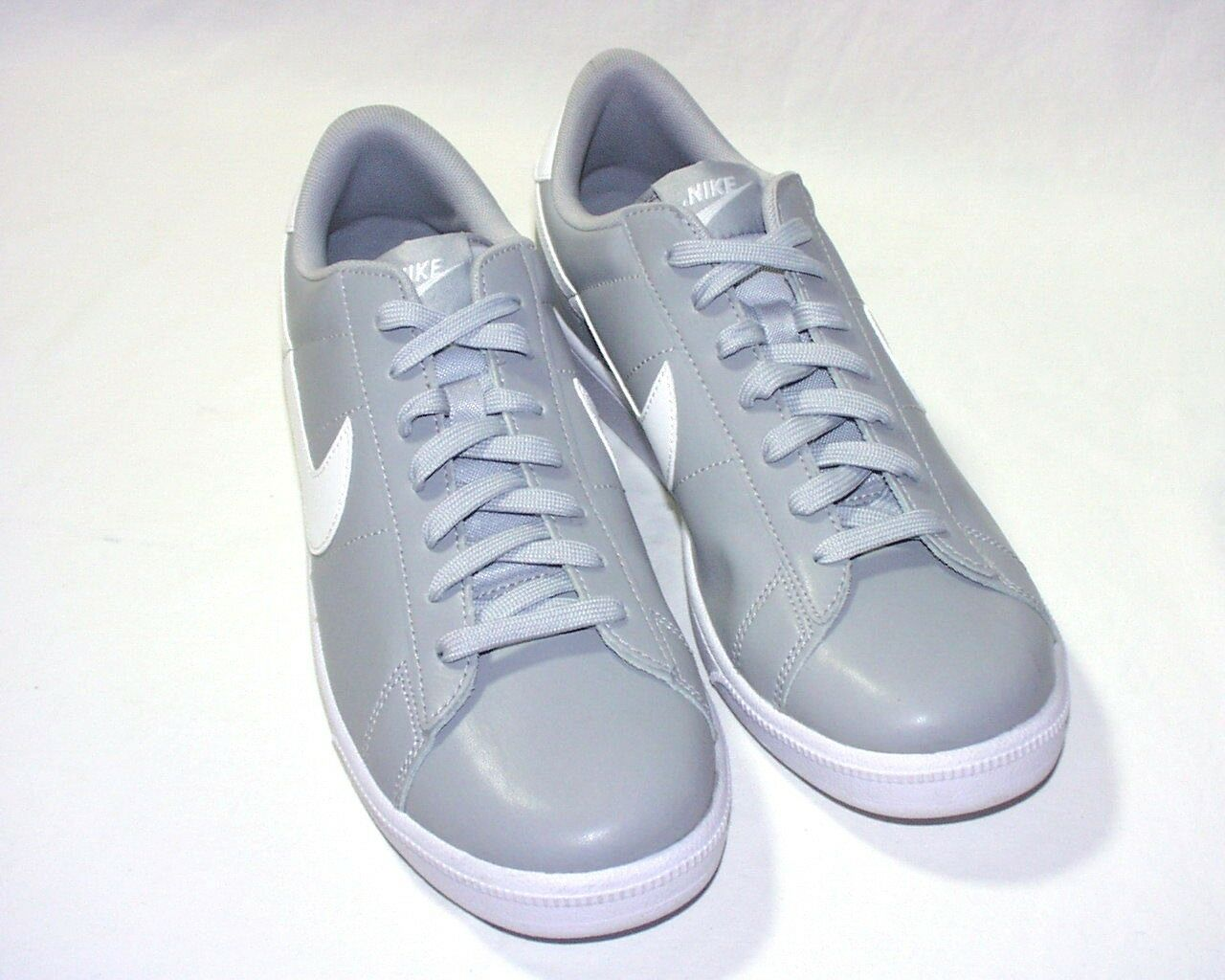 Nike Tennis Classic CS Men's Shoes 683613, Leather Upper, New Wild casual shoes