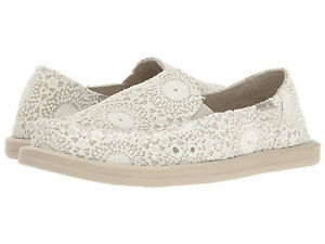 Sanuk Donna Crochet Slip-On (Women's) dHGP87dE
