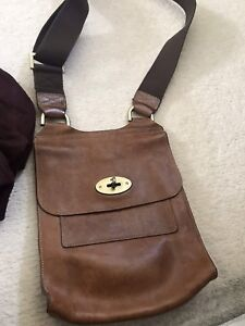 Image is loading GENUINE-MULBERRY-ANTONY-LEATHER-CROSSBODY-MESSENGER-HANDBAG -BAG- 4e08b666a44d4