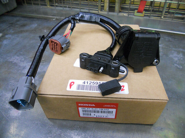 06 07 08 honda ridgeline trailer hitch harness socket 4 pin 7 pin rh ebay com 7-Wire Trailer Wiring Diagram 4 Wire Trailer Wiring