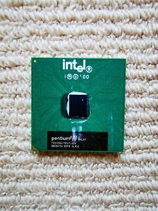 Intel Pentium III 733MHz 256KB 133FSB Socket 370 Processor