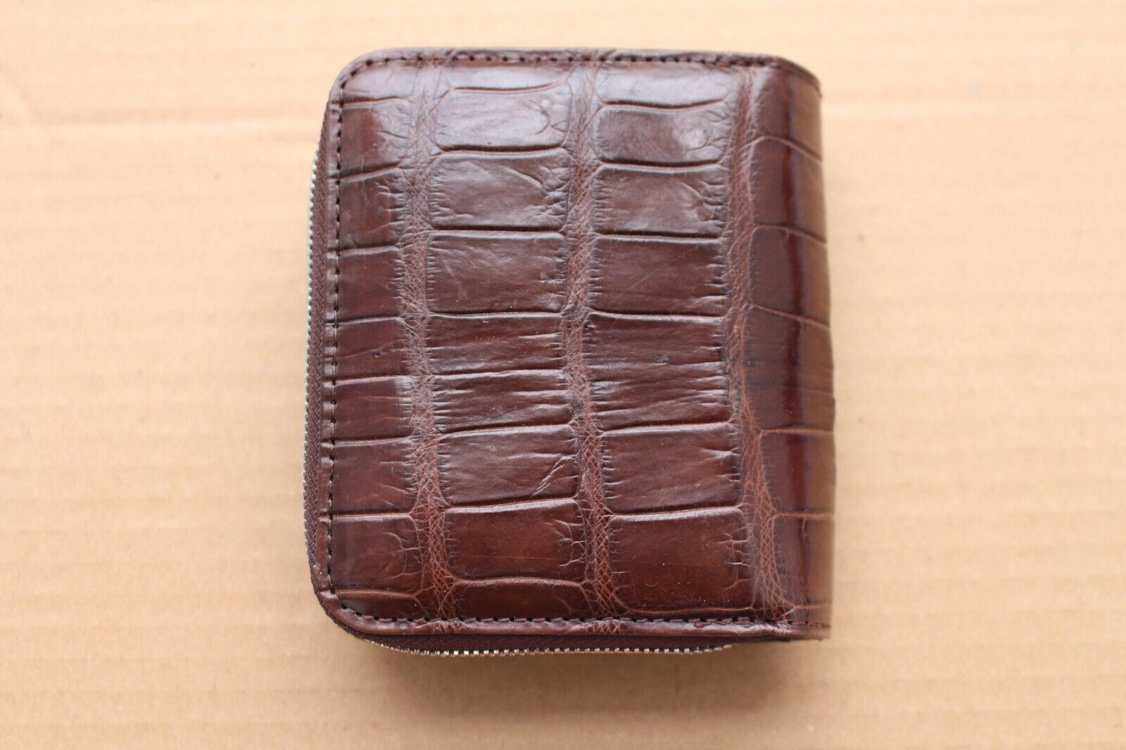 Handmade Brown Genuine Alligator Crocodile Leather Skin Men Bifold Mini Wallet