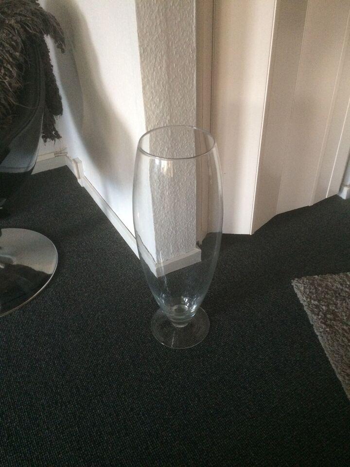 Stort flot glas 65 cm højt