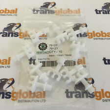 Land Rover Defender Double Brake Pipe Clips x10 - Bearmach - 79127