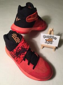 best sneakers d352a 67011 Womens NIKE Kyrie Irving Kyrie 2