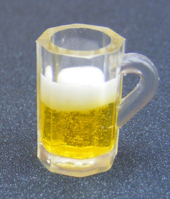 1:12 Scale 2 Empty Plastic Beer Tankards Tumdee Dolls House Pub Mugs Drink 89622