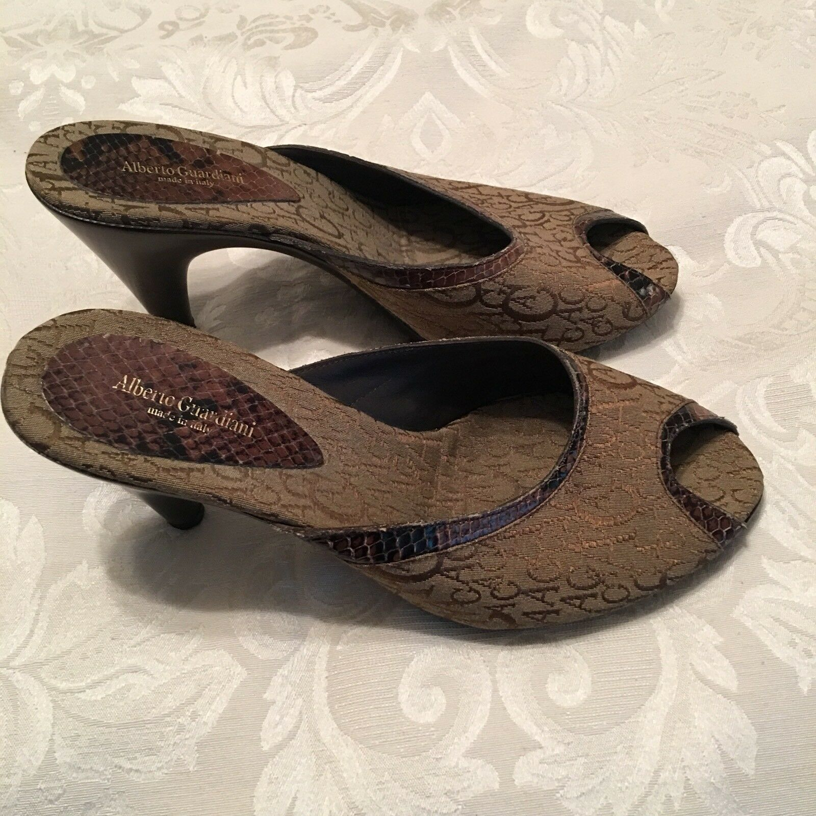 Alberto Guardiani Italy Authentic Brown Signature Fabric Slides Heels Shoes 38